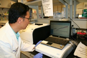 Dr. Xuefeng Liu using the RTCA SP Station